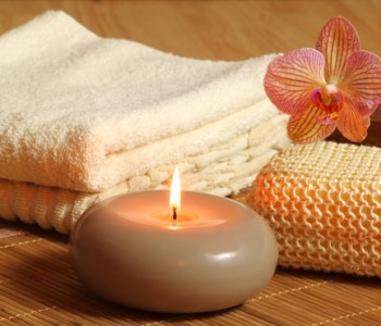 Candle Light Massage Kurztrip